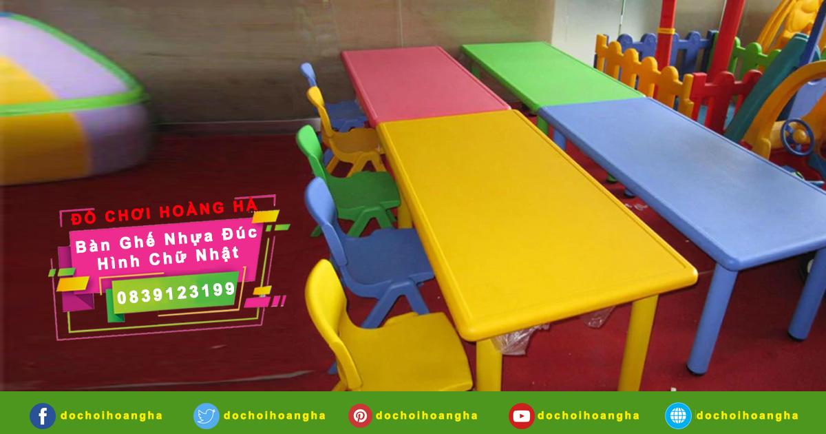 Bàn ghế cho bé mẫu giáo làm từ nhựa PP