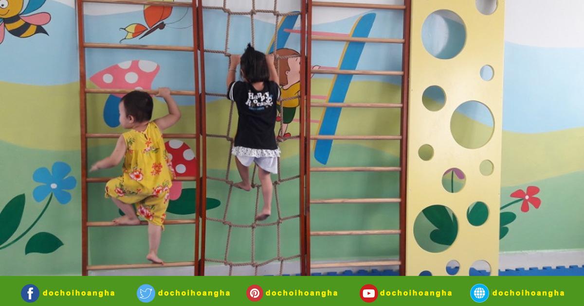 Thang leo vận động đa năng tứ diện cho bé mầm non