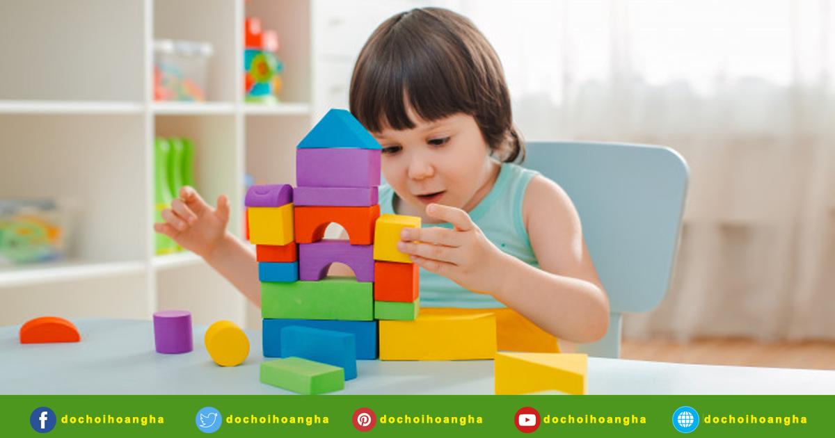 đồ chơi học tập cho trẻ mầm non