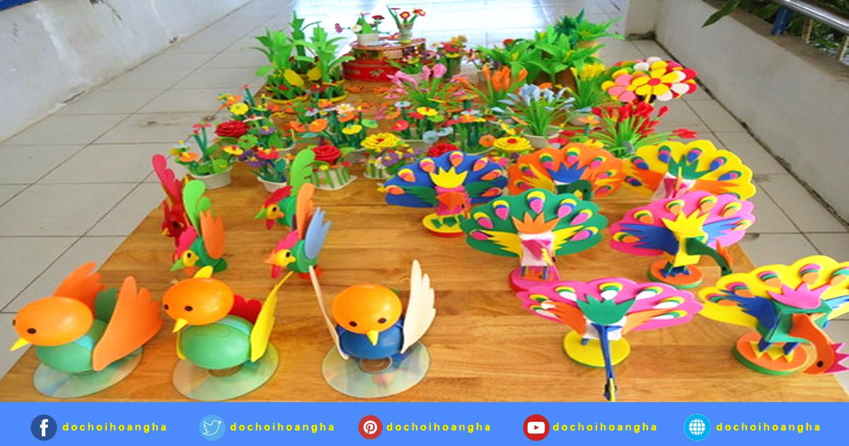 Hội thi làm đồ dùng đồ chơi tự tạo của giáo viên trường mầm