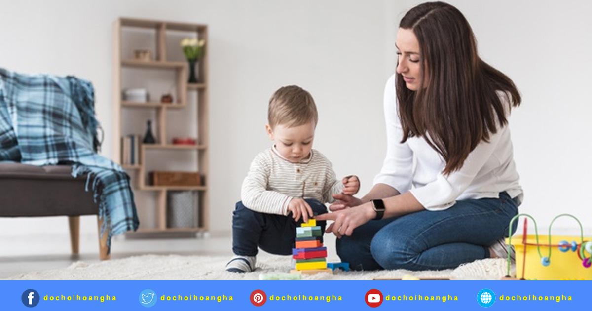 Đồ chơi cho bé từ 1 - 2 tuổi: (Khả năng phát triển của mỗi trẻ là khác nhau)