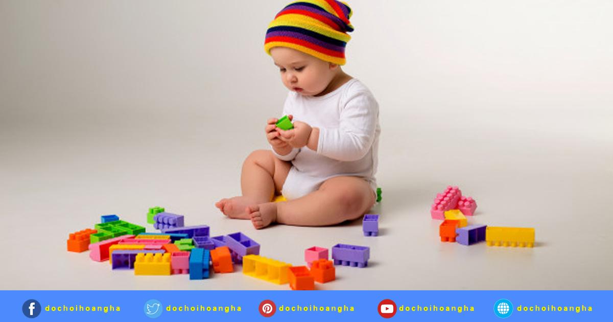 Đồ chơi cho bé trên 6 tuổi: (Khả năng phát triển của mỗi trẻ là khác nhau)