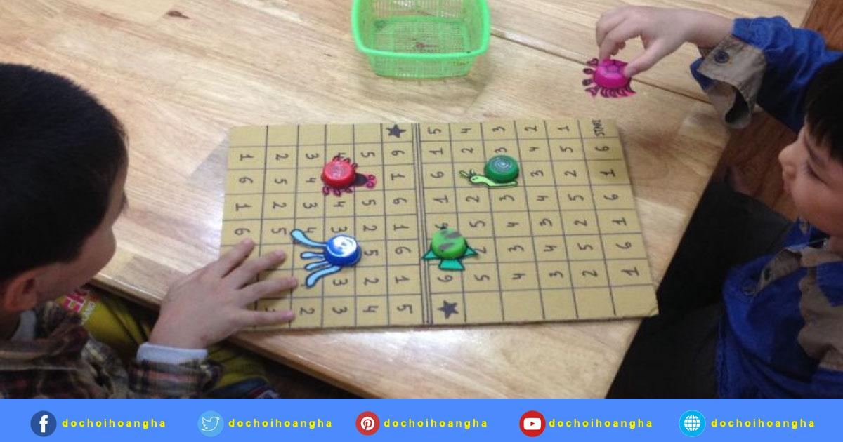 Trẻ đang chơi trò chơi AI MAY MẮN HƠN