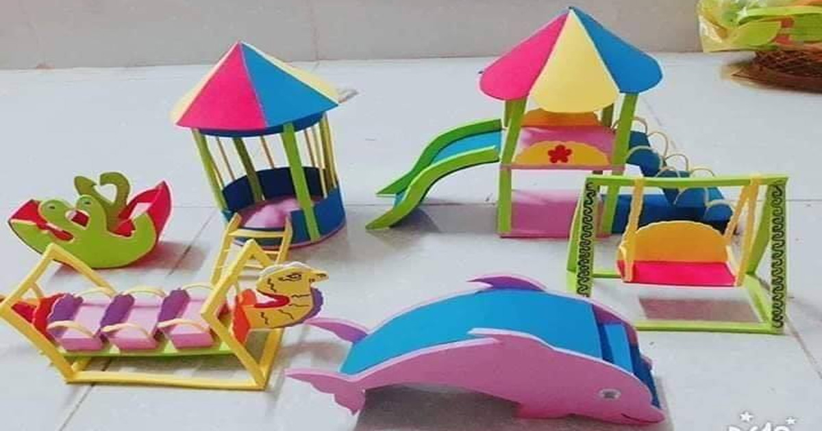 Đồ dùng đồ chơi tự tạo chủ đề trường mầm non