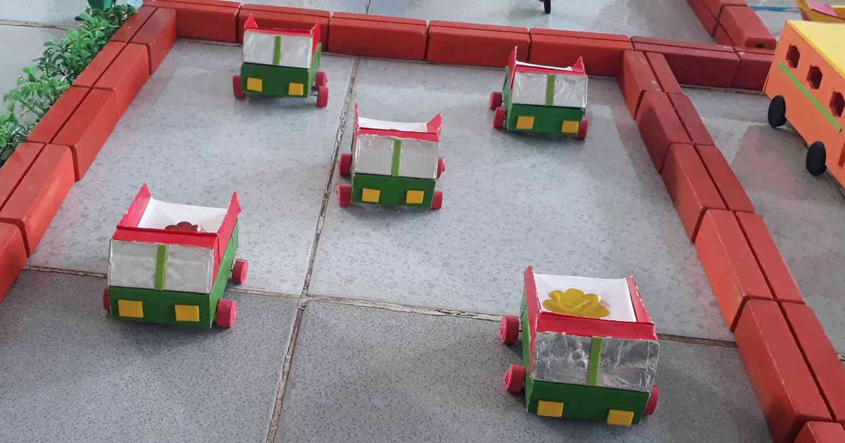 làm đồ dùng đồ chơi phương tiện giao thông Ô tô