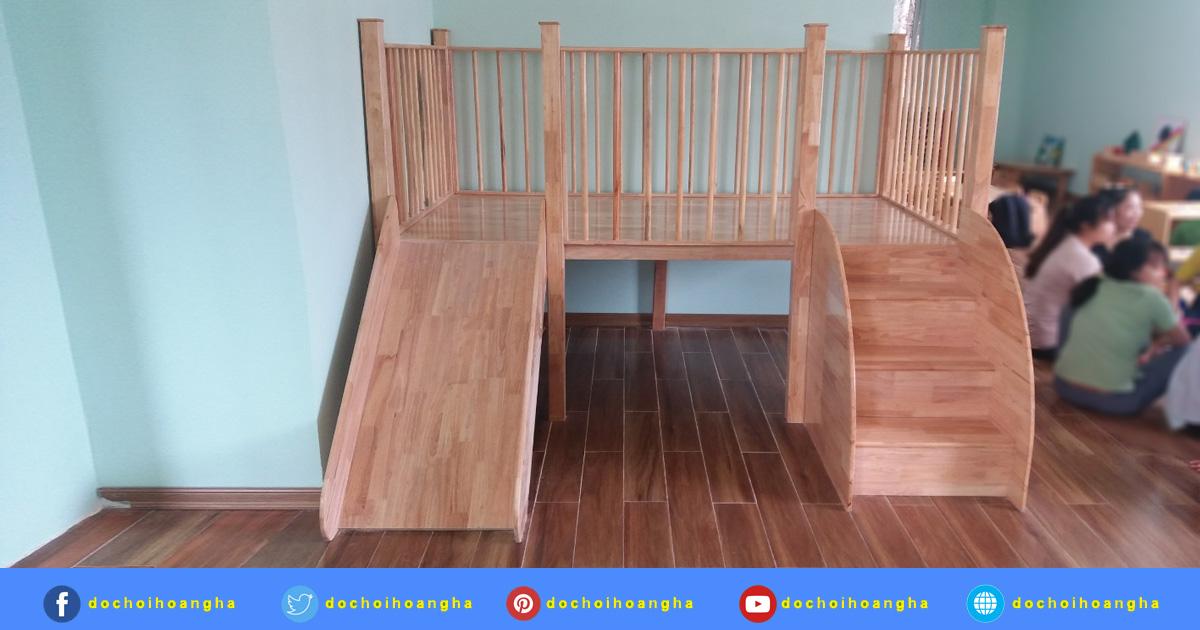 Nhà khối cầu trượt gỗ tự nhiên cho trẻ mầm non