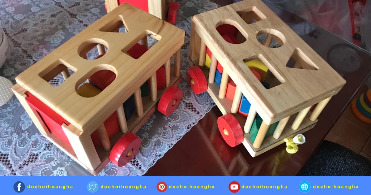 Đồ chơi bằng gỗ xe cũi thả hình được nhiều mẹ tin dùng