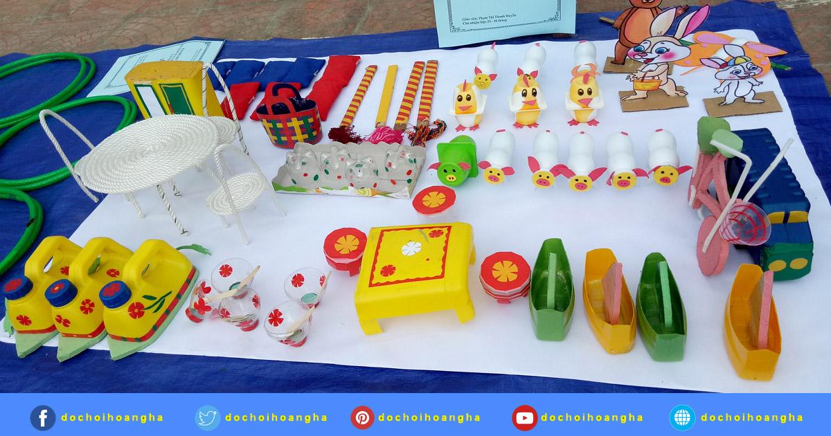 Hội thi làm đồ dùng đồ chơi tự tạo bậc học mầm non