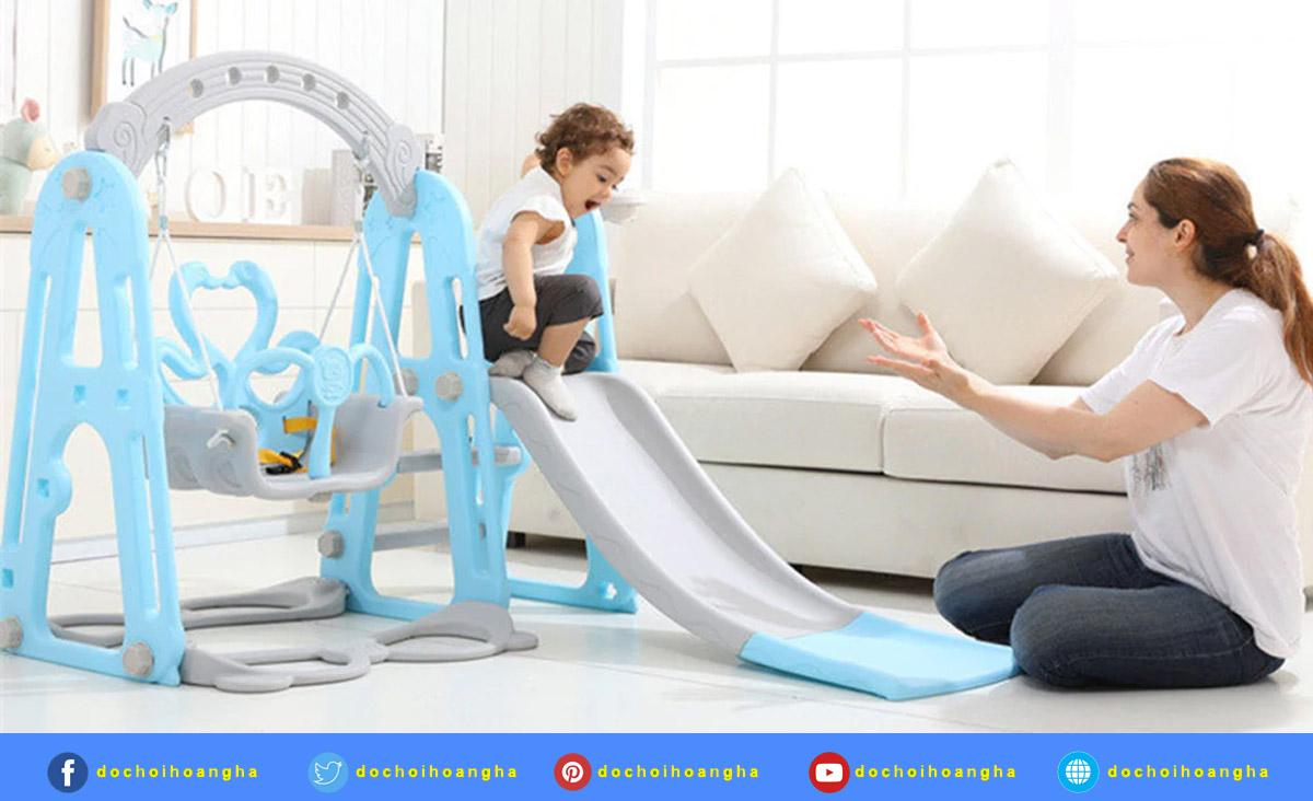 Những lợi ích mà trò chơi cầu trượt mang đến cho các bé