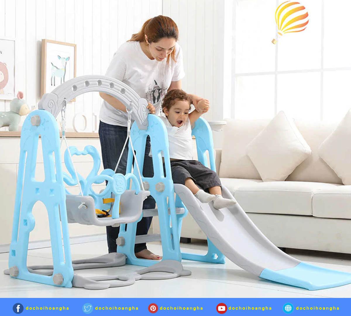 Lựa chọn mua cầu trượt cho bé được làm bằng những chất liệu an toàn