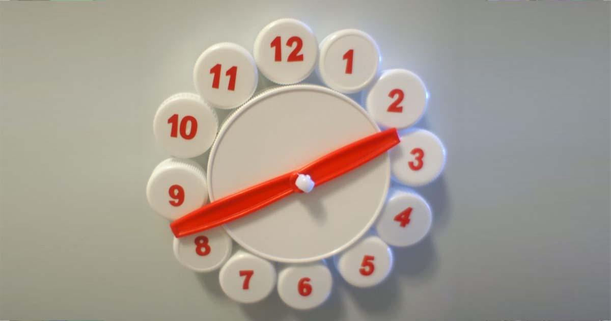Đồ chơi từ Chai đã qua sử dụng - Đồng hồ đồ chơi