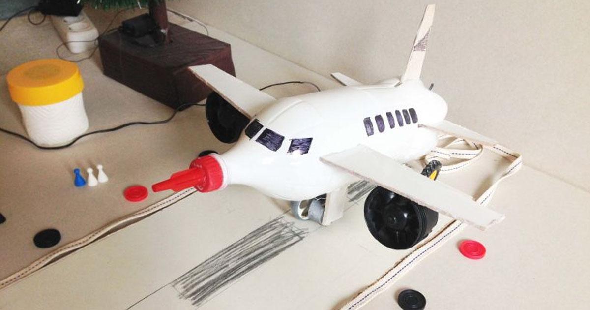 Đồ chơi từ Chai đã qua sử dụng - Máy bay